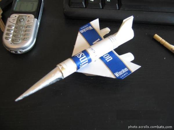 Как сделать из пачки сигарет самолет видео