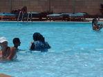 У египтянок такие купальники... заодно стирка =((