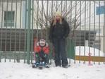 Типа катаемся на снегокате ))