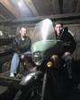 В гараже, собрались ехать на Пати :))