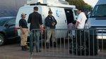 Carats Protection, Seignosse, лето 2009. Охрана молодежного движения Саркози. Мои коллеги беседуют с телевизионщиками.